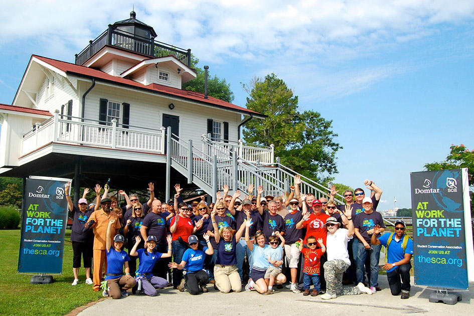 Domtar Volunteers in Plymouth